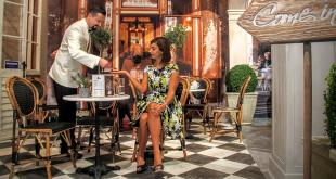Bedienung 310x165 - Kellnergeldbeutel – der praktische Helfer im Restaurant